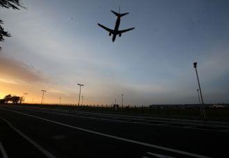 avion vuela